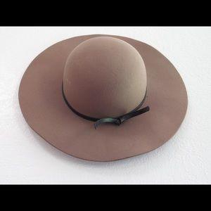 San Diego Hat Company brown felt hat
